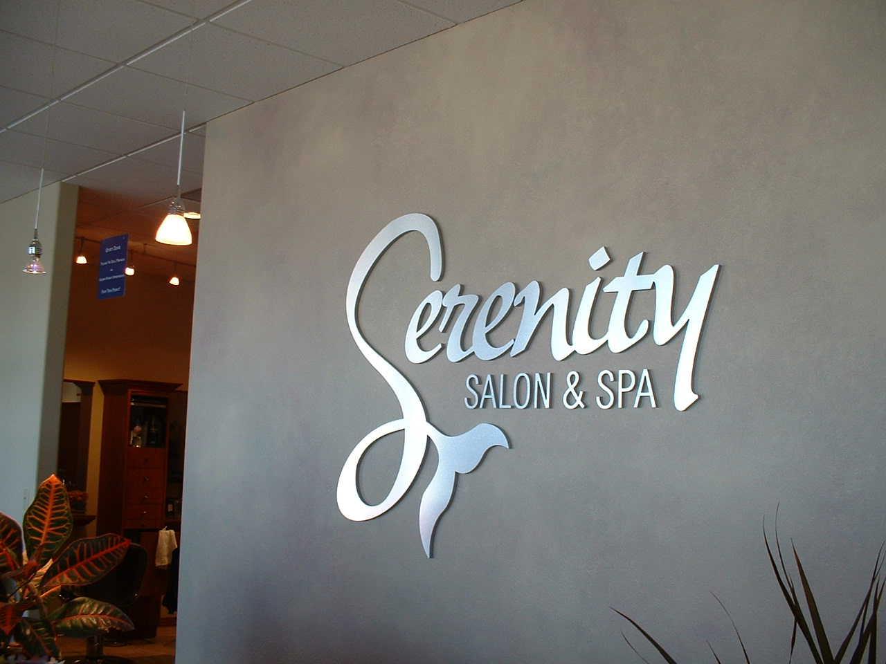 Serenity Salon Spa 2 Royal Signs Inc