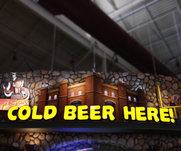 dimensional_lettering_cold-beer-here